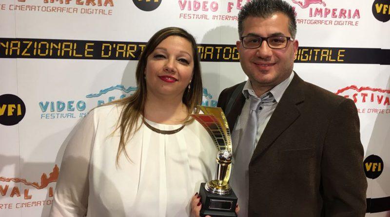 Gisella Calabrese e Giuseppe Mallozzi con il Premio Miglior Festival per Visioni Corte